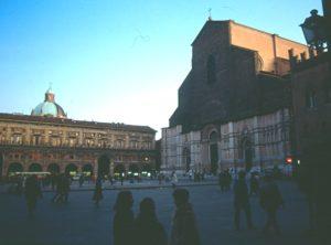 Bologna - Piazza Maggiore e San Petronio