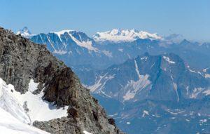 Valle D'Aosta - Una vista dal Monte Bianco