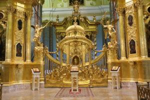 San Pietroburgo, all'interno della Cattedrale di Pietro e Paolo