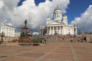 Helsinhi, La Piazza del senato con la Cattedrale