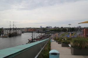 Panoramica dal museo di Nemo.