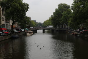 Un canale.