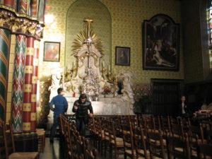 Basilica del SS. Sangue, Interno.