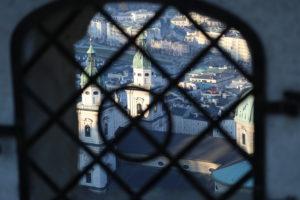 Vista da una finestra della fortezza