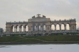 Il parco del castello di Schonbrun. – La Gloriette!