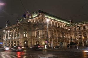 Kärntner Ring. Oper