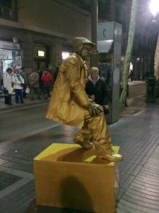 La Rambla, artista di strada.