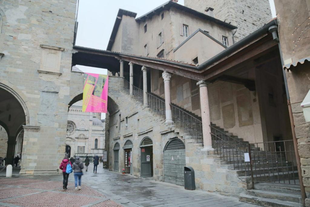 Piazza Vecchia.