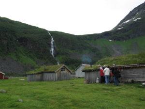 Visita a una fattoria montana norvegese.