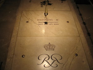 Principato di Monaco, la tomba del principe Ranieri III° all'interno della Cattedrale