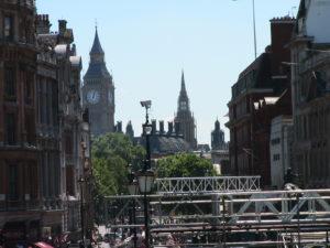 Il Big Ben visto da Trafalgar Square