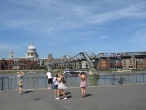 Il Millenium Bridge e la Basilica di St. Paul