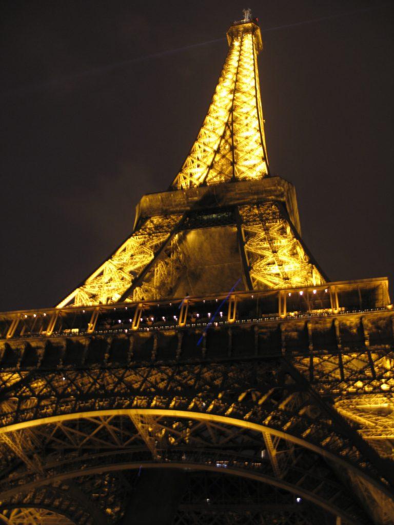 Parigi, la Torre Eiffel.