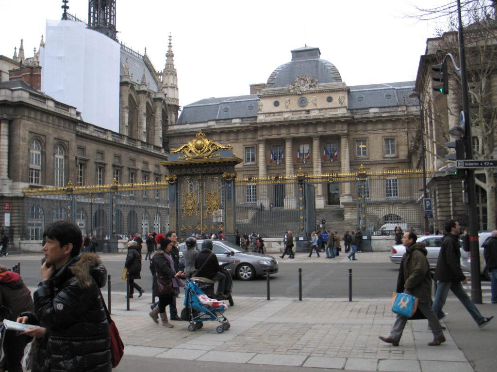 L'ÎLE DE LA CITÉ