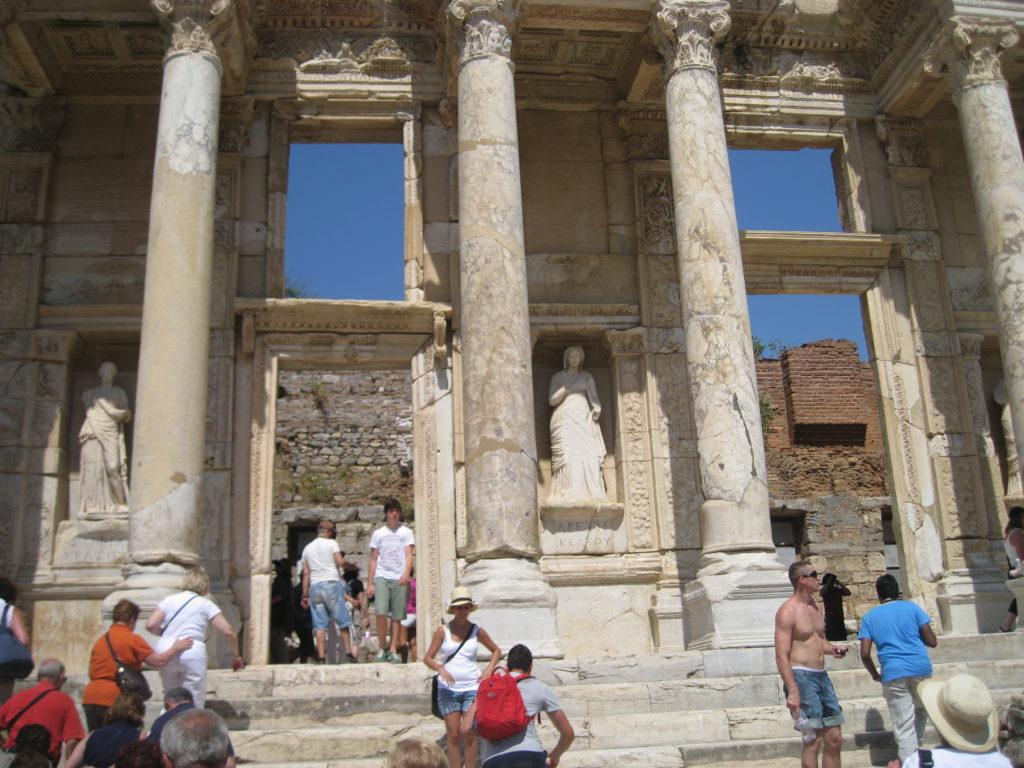 Efeso, la biblioteca di Celso.