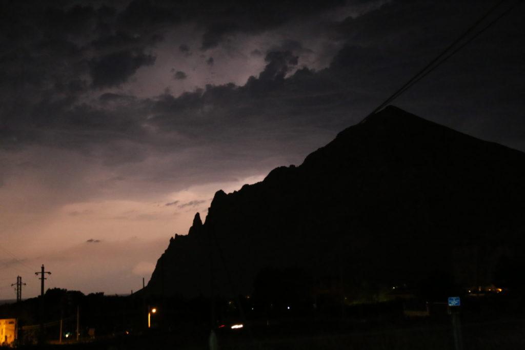 Il cielo elettrico di Cornino.