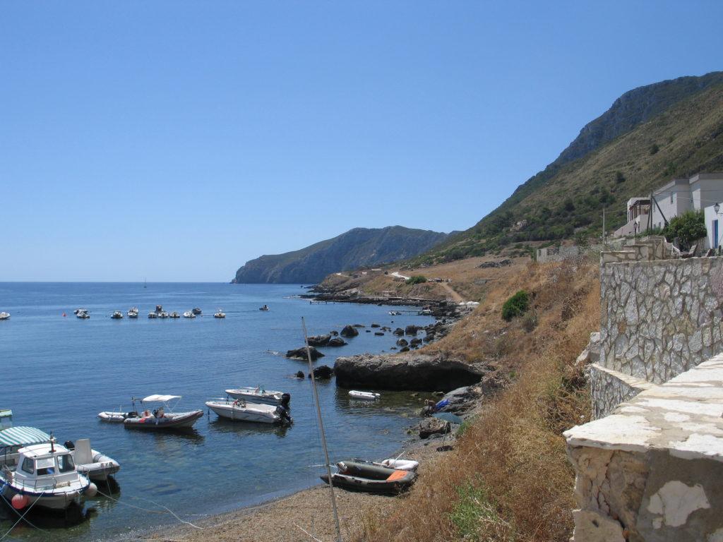 Marettimo, la costa.