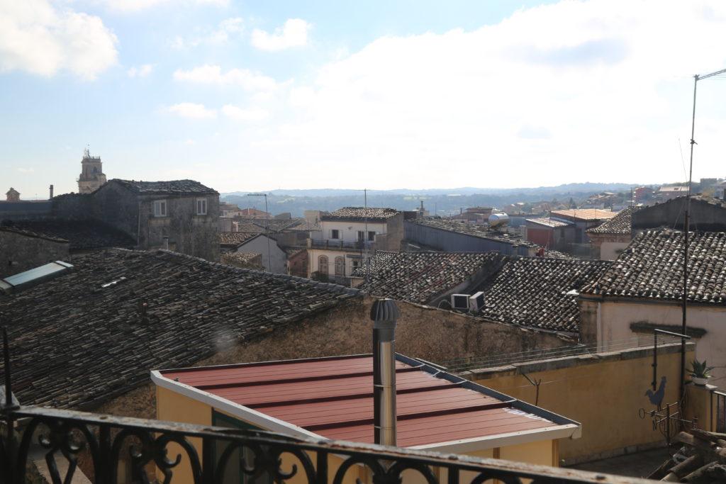 Panoramica sui tetti.