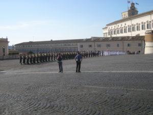 Piazza del Campidoglio, cambio della guardia.