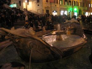 Piazza di Spagna, la Barcaccia.