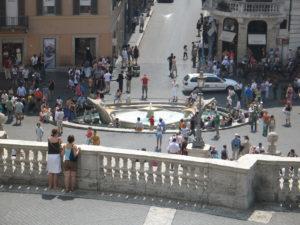La scalinata di Trinità dei Monti e Piazza di Spagna.