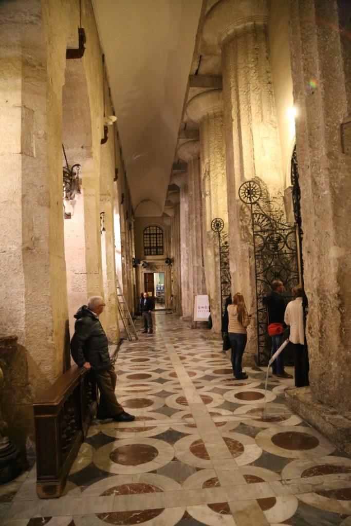 Isola di Ortigia, il Duomo - Interno.