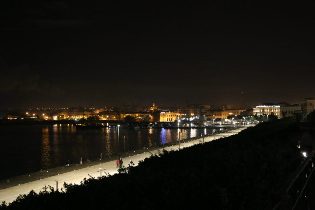 La città vista dall'Isola di Ortigia.