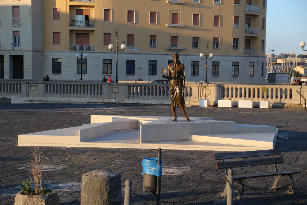 Siracusa - ingresso all'isola di Ortigia.