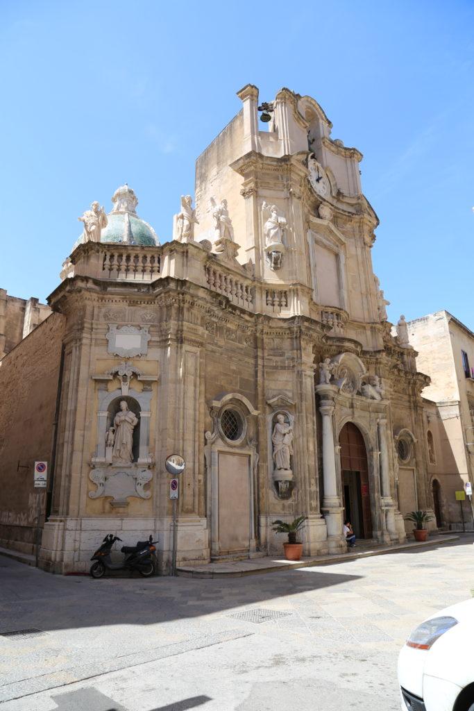 """La Chiesa del Purgatorio, qui vengono custoditi i """"Misteri""""."""