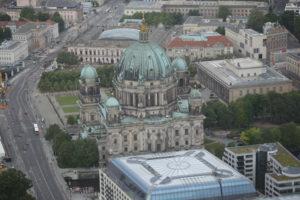 Berliner Dom visto dalla torre della televisione.