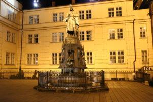 Statua di Carlo IV.