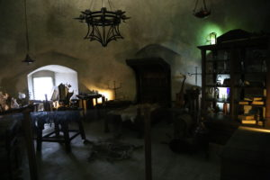 Il Vicolo d'Oro - La bottega di un alchimista.
