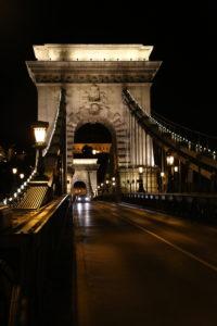 Ponte delle Catene.