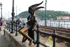 Incontri passeggiando lungo le rive del Danubio.