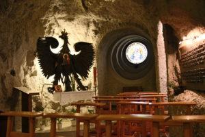 La Chiesa nella Roccia - interno.
