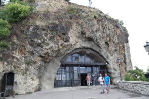 La Chiesa nella Roccia.