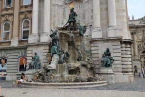 Castello di Buda, la fontana di Mattia.