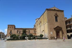 Sciacca (AG) - Piazza Terrazza Scandaliato e Chiesa di San Domenico.