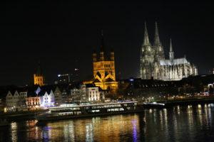Cattedrale di Colonia, Lungo Reno e Chiesa San Martino.