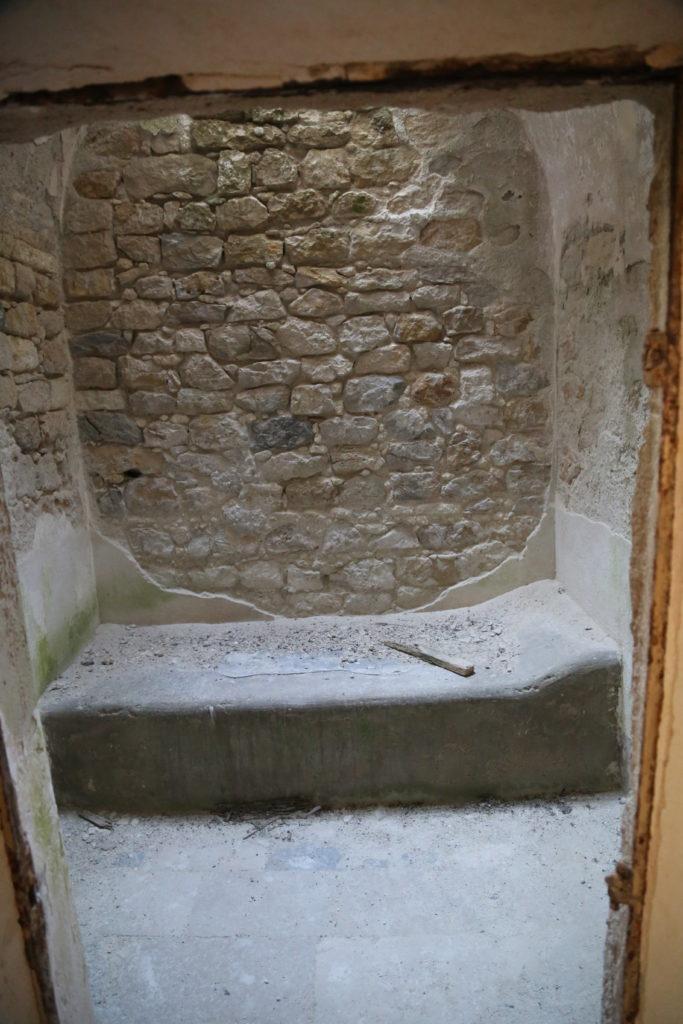 Il Giaciglio in una cella.