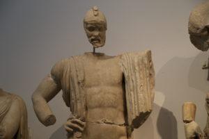 Il Museo Archeologico - Tempio di Zeus, frontone Est, statua di Pelope.