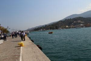 Lo stretto tra POros e il Peloponneso.
