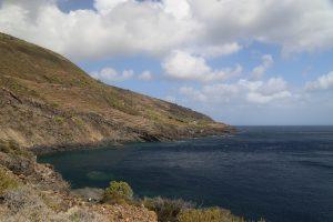 La costa dietro l'isola nei pressi di Balata dei Turchi.